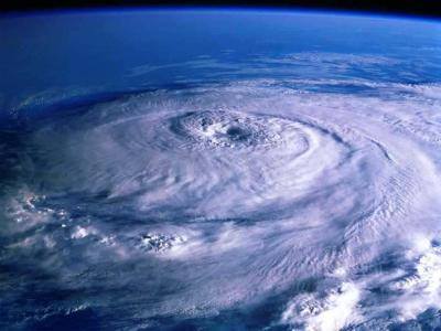 Gobierno EEUU pronostica activa temporada de huracanes 2007